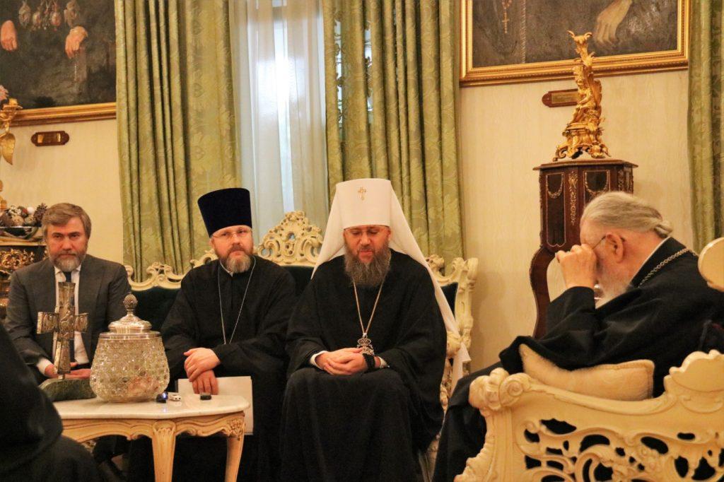 Патриархия - Илия Второй принял представителей Украинской церкви (Московский патриархат)