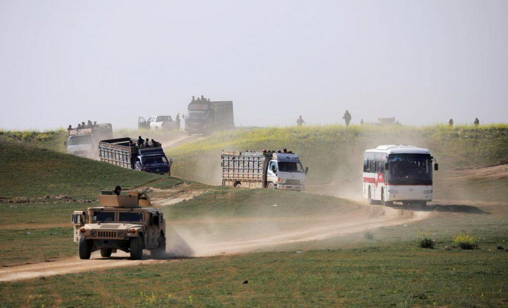 """სირიაში """"ისლამური სახელმწიფოს"""" მიერ გამაგრებული რეგიონიდან მშვიდობიანი მოსახლეობა გამოყავთ"""