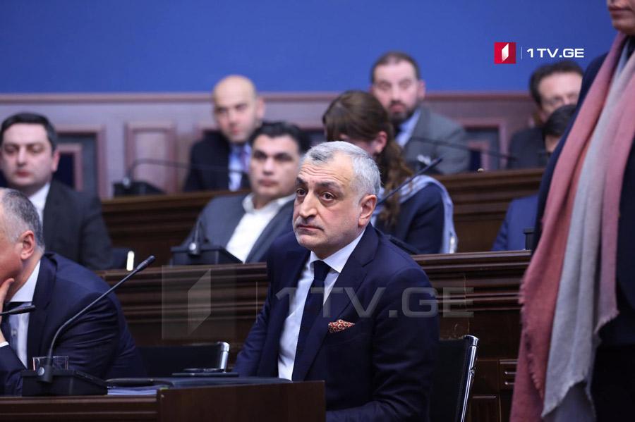 Мамука Хазарадзе заявляет, что письмо с угрозами получил от Георгия Гахария
