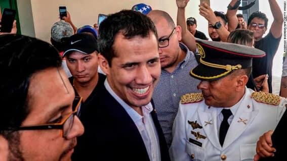 Xuan Quaido Venesuellaya qayıtdı