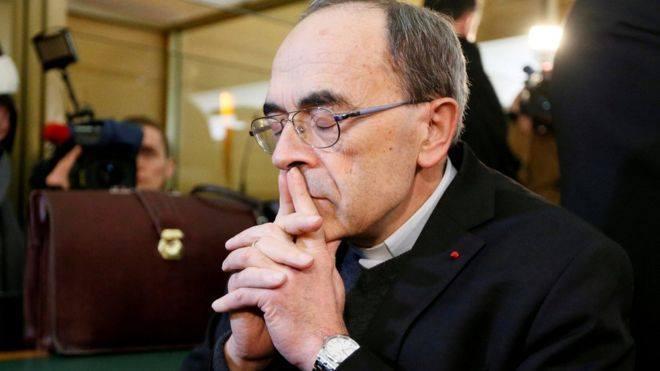 ფრანგი კარდინალი არასრულწლოვნებზე სექსუალური ძალადობის დაფარვისთვის დამნაშავედ სცნეს