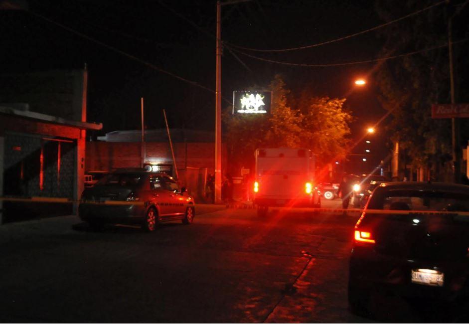 მექსიკაში, ღამის კლუბში სროლის შედეგად, სულ მცირე 15 ადამიანი დაიღუპა