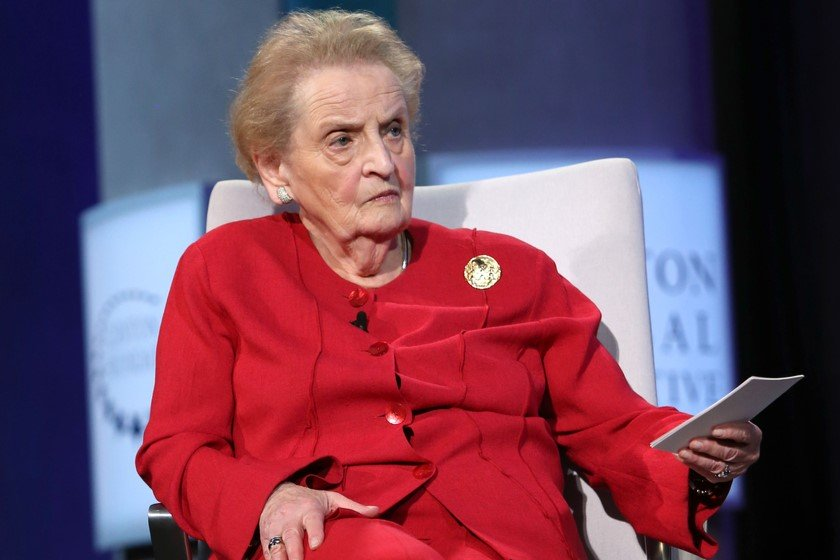 Madlen Olbrayt - NATO-nun qapısı yeni üzvlər üçün, o cümlədən Gürcüstan üçün açıq olmalıdır