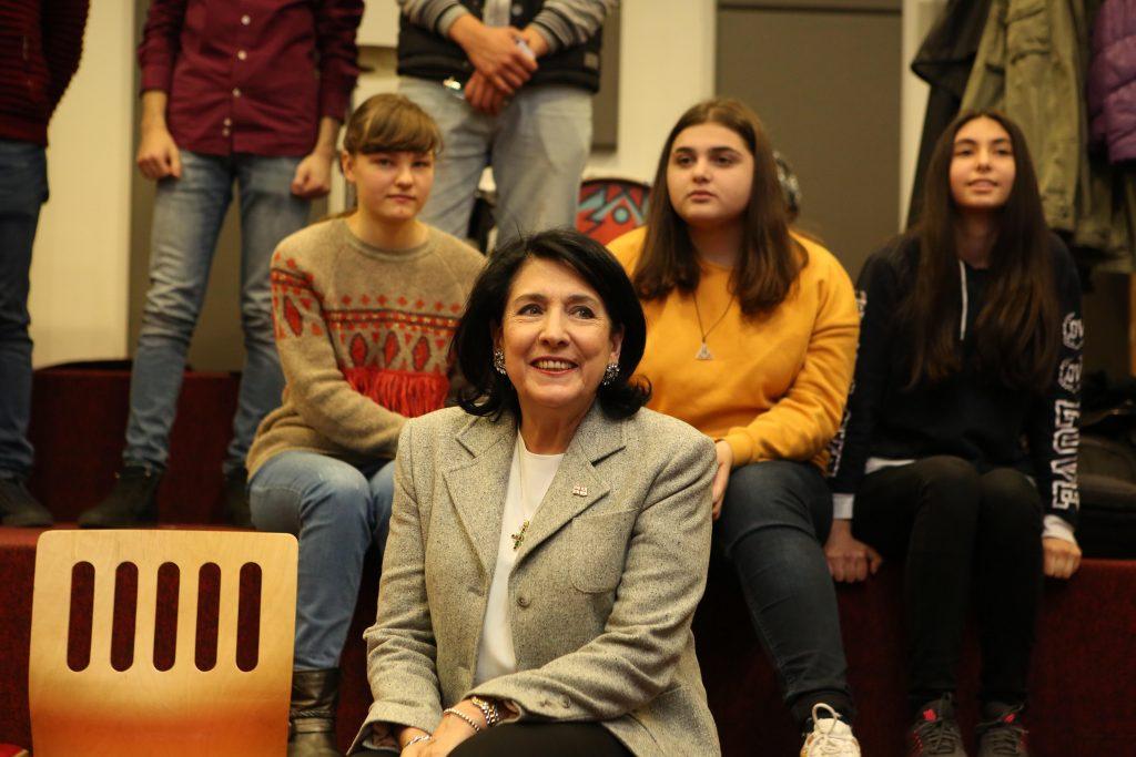 Саломе Зурабишвили посетила Центр креативных технологий «Тумо» в Ереване