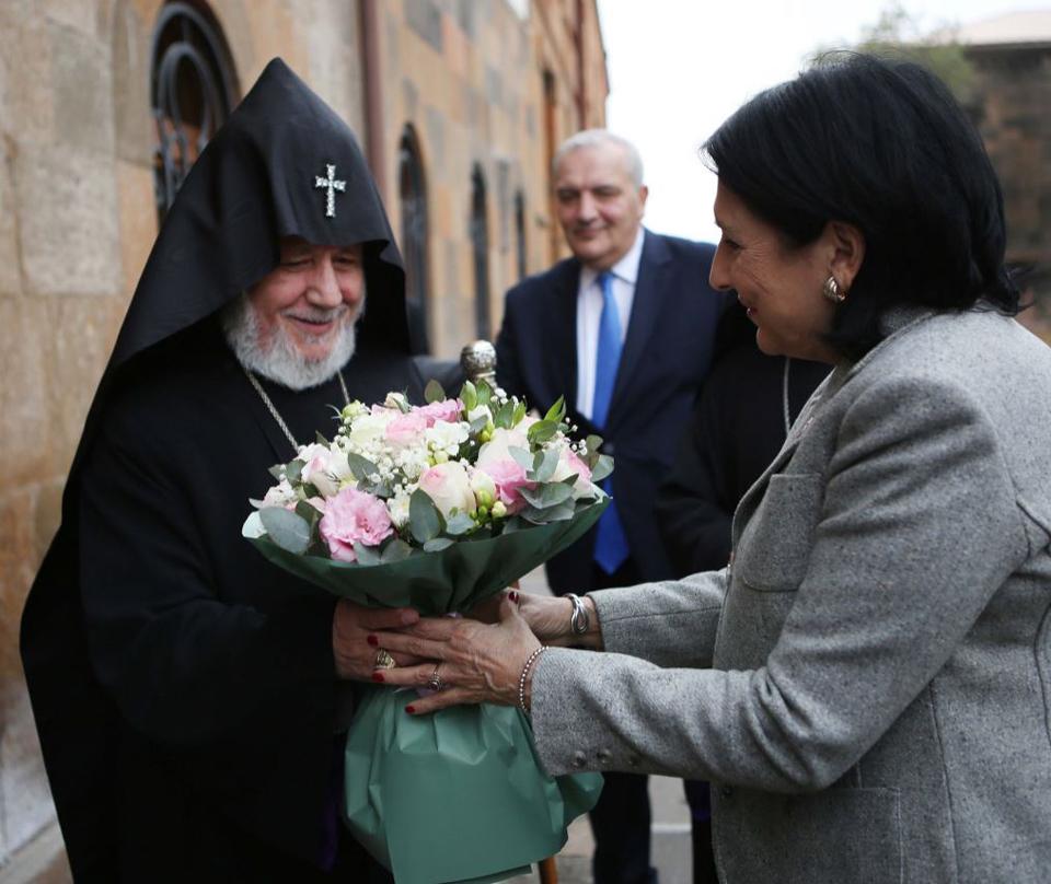 Саломе Зурабишвили встретилась с Католикосом всех армян Гарегином Вторым