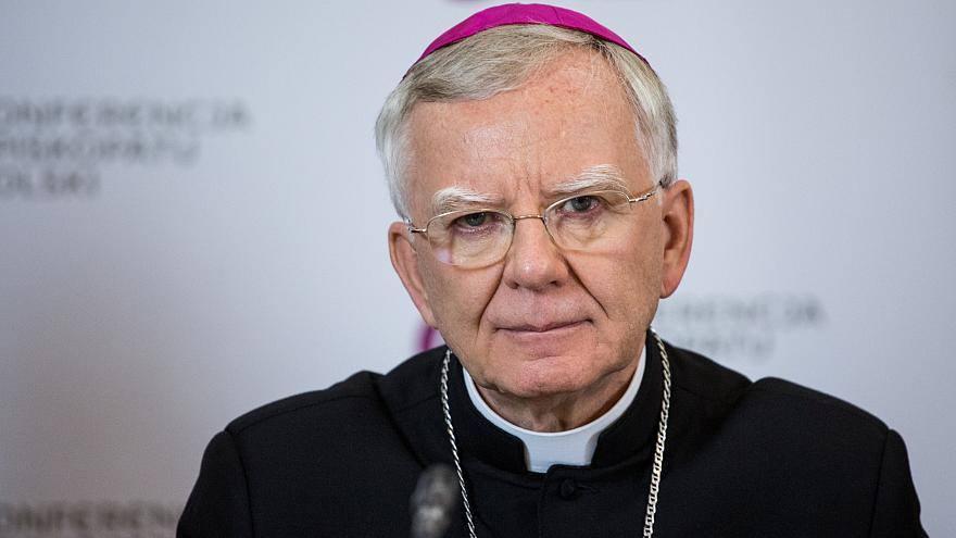 პოლონეთის კათოლიკური ეკლესია -1990 წლის შემდეგ, სამღვდელოების მხრიდან ბავშვებზე სექსუალური ძალადობის 380-ზე მეტი ფაქტი მოხდა