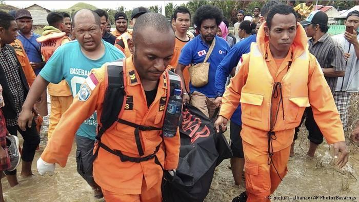 ინდონეზიაში სტიქიური უბედურების შედეგად 60-ზე მეტი ადამიანი დაიღუპა