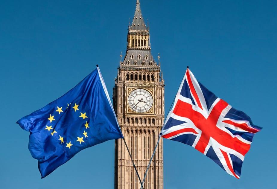 İctimai sorğuya əsasən, Britaniya əhalisinin bir hissəsi hesab edir ki, ölkə Avropa İttifaqını razılaşmasız tərk etməlidir