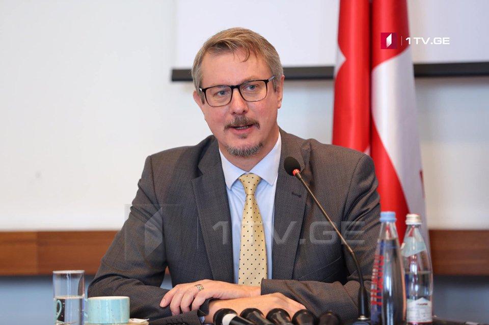 Карл Харцель - Визит Йенса Столтенберга является еще одним подтверждением того, что Грузия движется в направлении Европы и НАТО