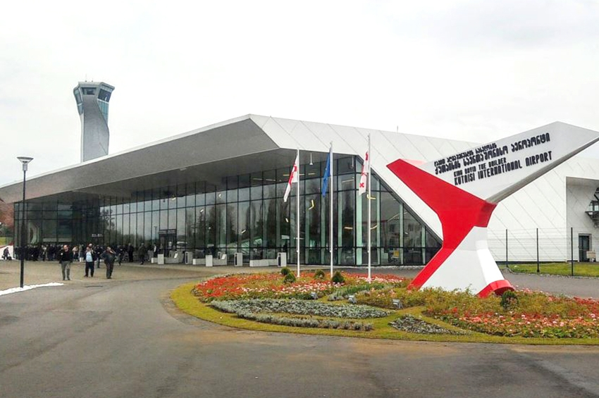 Kutaisi and Batumi Airports are among leaders with passenger flow increase