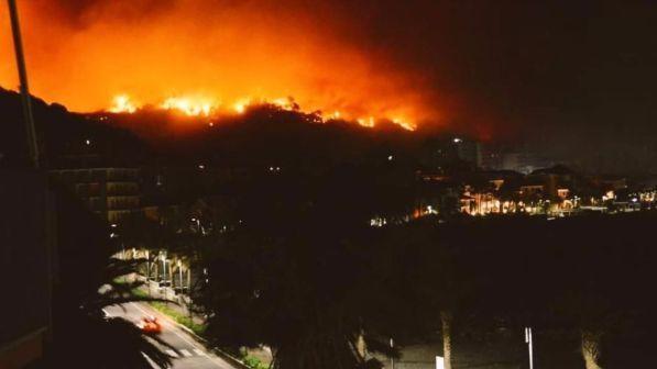 В Италии из-за пожара понадобилась эвакуация граждан
