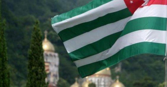 В оккупированном Сухуми считают, что «заявления Столтенберга подпитывают милитаристские настроения Грузии»