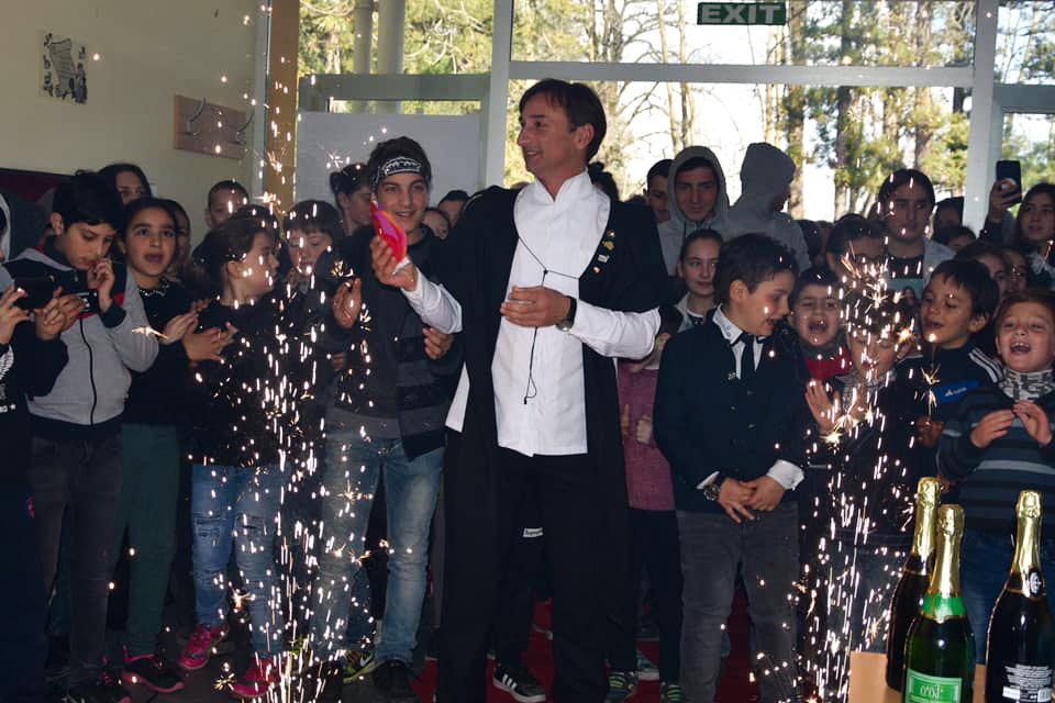 ლადო აფხაზავას სოფელ ჩიბათის საჯარო სკოლაში ვარსკვლავი გაუხსნეს [ფოტო]