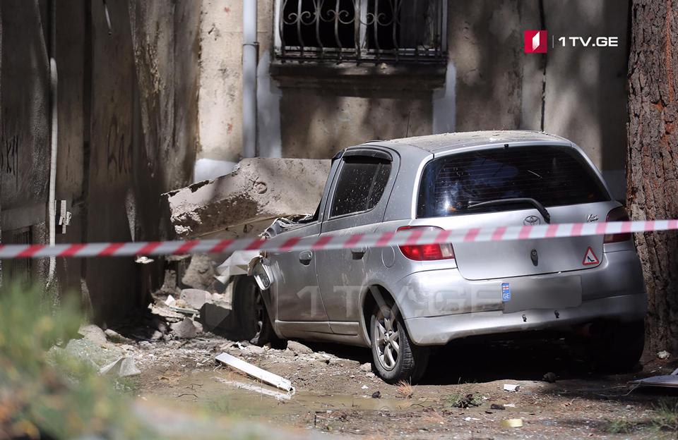 დიღმის მასივში აფეთქების შედეგად სამი ბინის კედლები და ოთხი ავტომობილი დაზიანდა