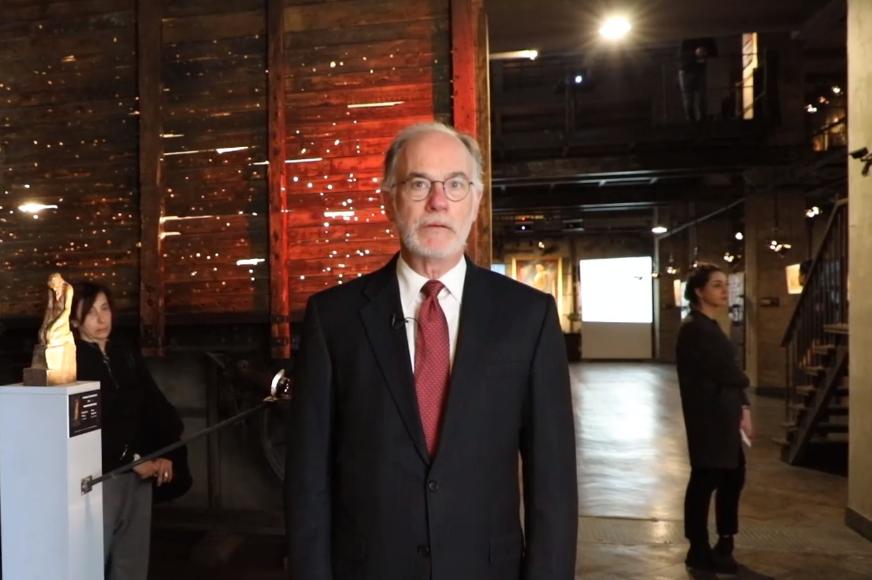 Росс Уилсон - Советую американцам посетить музей, чтобы понять, что представляет собой эта страна и почему американские ценности так важны для нее