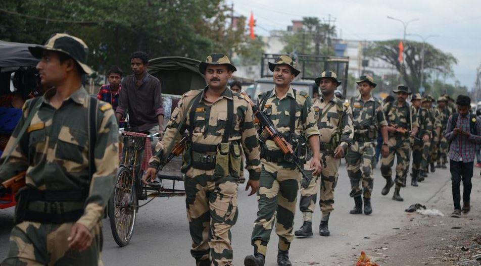 ინდოეთში პოლიტიკოსებზე თავდასხმების დროს შვიდი ადამიანი დაიღუპა