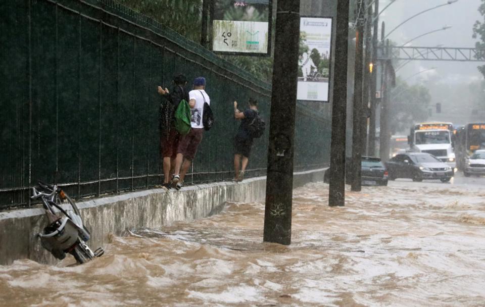 Բրազիլիայում ջրհեղեղի հետևանքով զոհվել է առնվազն 10 մարդ