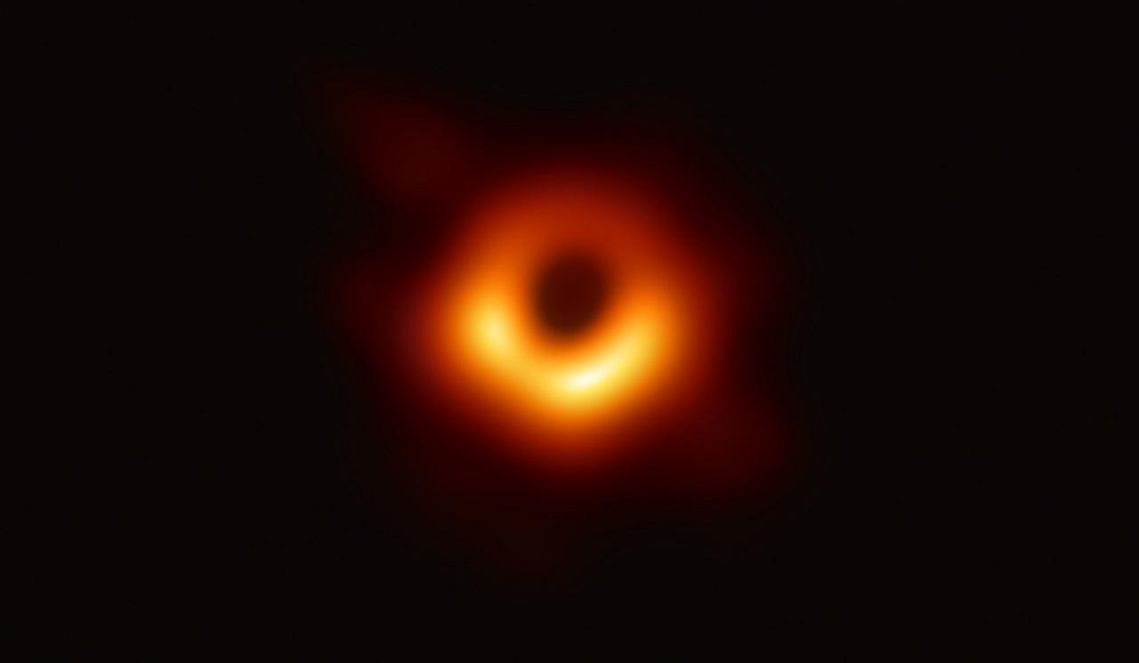 შავი ხვრელის პირველი ფოტო - ასტრონომიაში ახალი ეპოქა იწყება