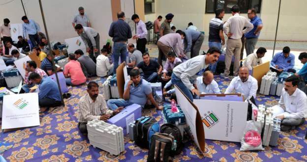 ინდოეთში საპარლამენტო არჩევნები მიმდინარეობს