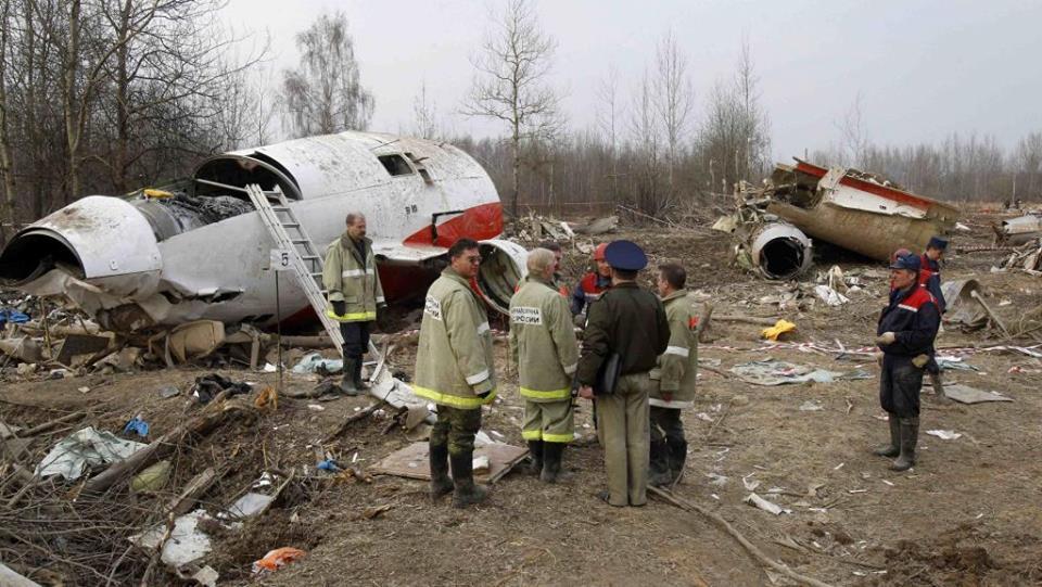 ბრიტანელი ექსპერტების დასკვნის მიხედვით, ლეხ კაჩინსკის თვითმფრინავის ტრაგედიის მიზეზი აფეთქება იყო