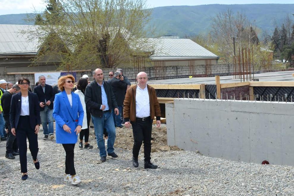 ისნის რაიონში 350 ბავშვზე გათვლილი ახალი ბაგა-ბაღი შენდება