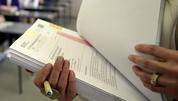 პოლონეთში ხელფასების ზრდის მოთხოვნით პედაგოგების აქცია გრძელდება