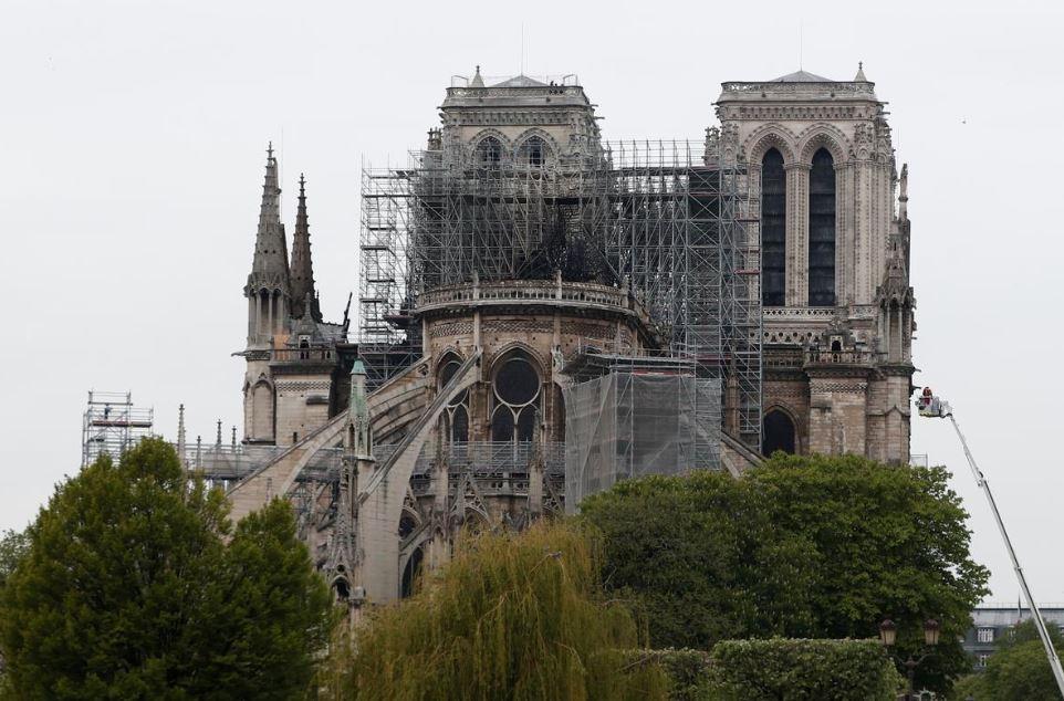 მუსლიმური ორგანიზაციები - ფრანგმა მუსლიმებმა ღვთისმშობლის ტაძრის აღდგენა უნდა დააფინანსონ