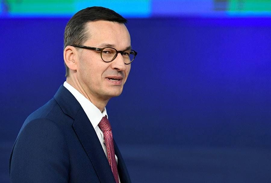 Премьер-министр Польши заявляет, что покупка у России газа то же самое, что покупать у Путина оружие
