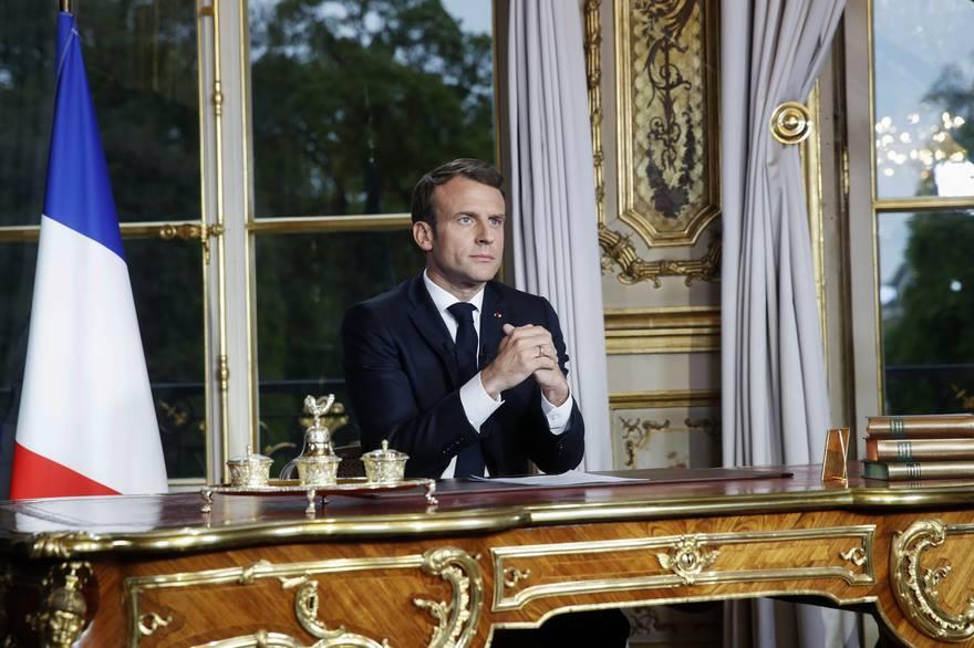 ფრანგული მედია - პარიზის ღვთისმშობლის ტაძარში ხანძრის შემდეგ, ემანუელ მაკრონის რეიტინგი გაიზარდა