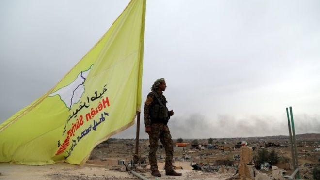 """""""ისლამური სახელმწიფოს"""" წევრებმა სირიის უდაბნოში 35 ადამიანი მოკლეს"""