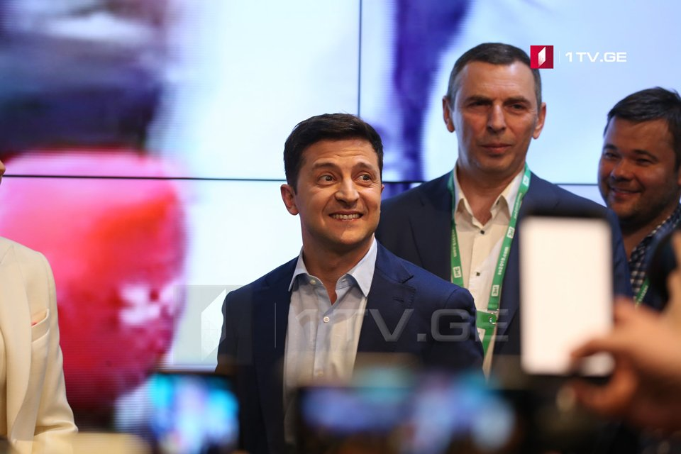 After counting 96% of the votes, Volodymyr Zelensky leads with 73,14 %