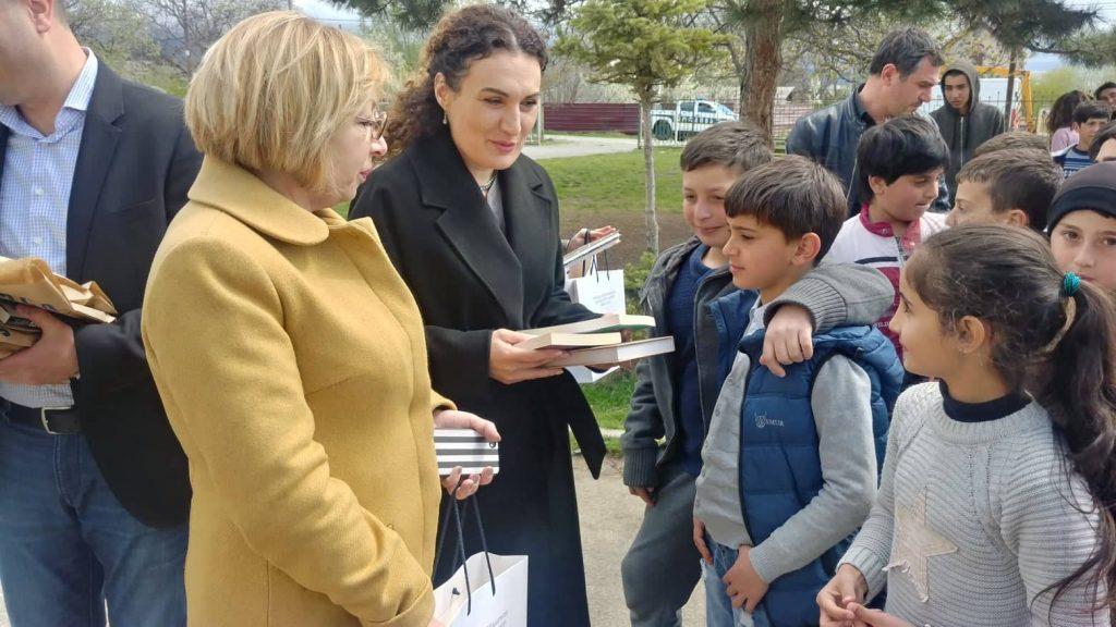 Кетеван Цихелашвили – Мы обязательно сможем разобрать проволочные ограждения и самым верным путем для этого является образование и развитие страны