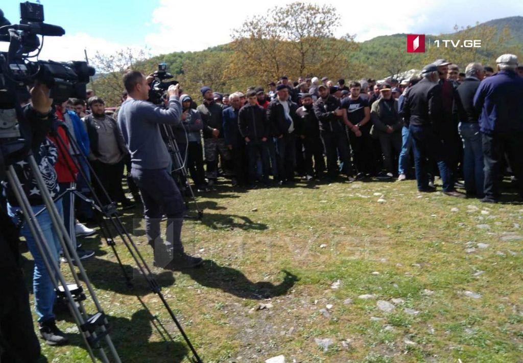 Жители Панкисского ущелья собрались в селе Джоколо, где обсуждают планы на будущее