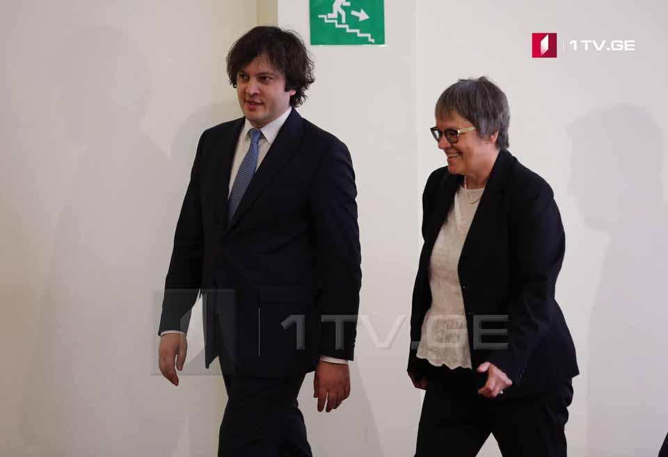 İrakli Kobaxidze Avropa Şurası Parlament Assambleyasının prezidenti, Lilian Mori Paskie ilə görüşür