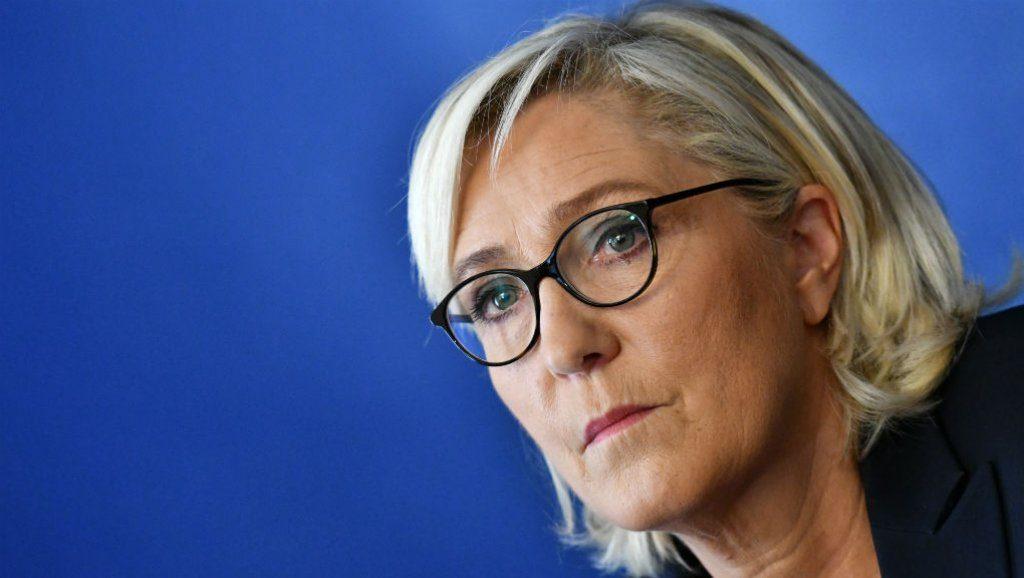 Марин Ле Пен - Евроcоюз – людоед, который хочет сожрать Спящую красавицу