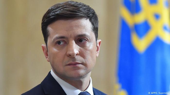 Владимир Зеленский поручил правительству подготовить законопроект о регуляции работы медиа