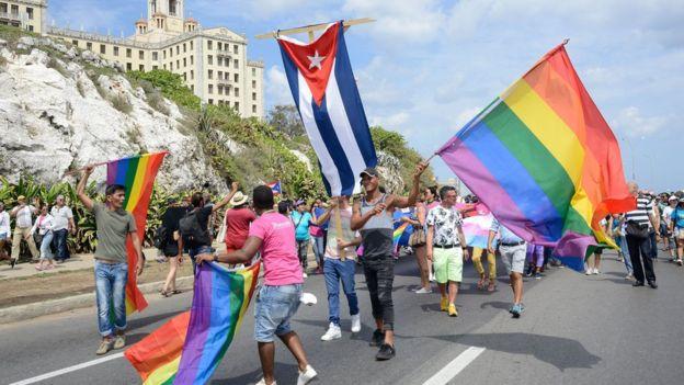 """""""ბიბისი"""" - კუბის ხელისუფლებამ ჰომოფობიის საწინააღმდეგო აღლუმი გააუქმა"""