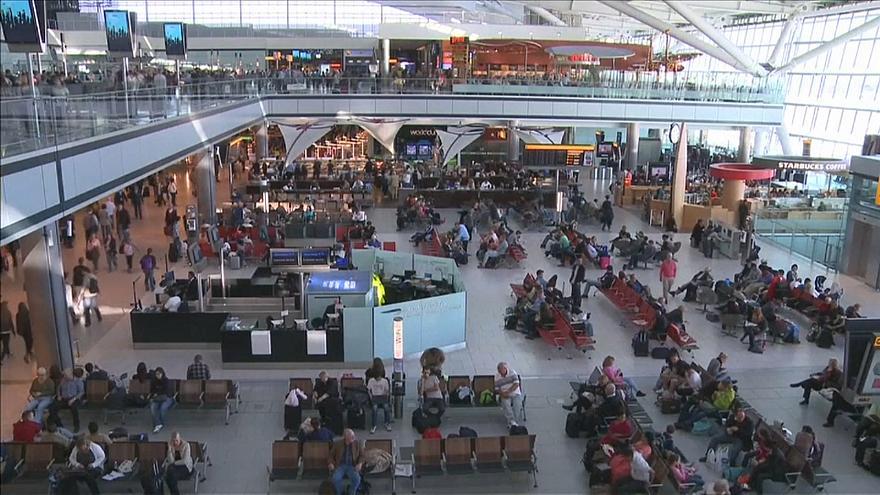"""""""ევრონიუსი"""" - ფრანგი ავიადისპეტჩერების გაფიცვის გამო აეროპორტებში შეფერხებებია მოსალოდნელი"""