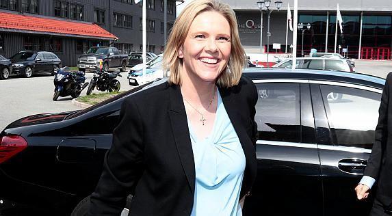 ნორვეგიის ჯანდაცვის მინისტრი - მიეცით უფლება ადამიანებს დალიონ, მოწიონ და ჭამონ ხორცი