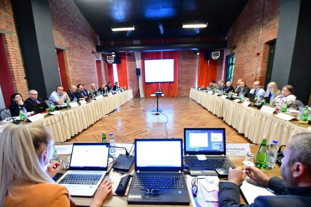 ელექტრონული კომუნიკაციების სფეროს გამოწვევებზე თბილისში 19 ქვეყნის მონაწილეობით კონფერენცია გაიმართა