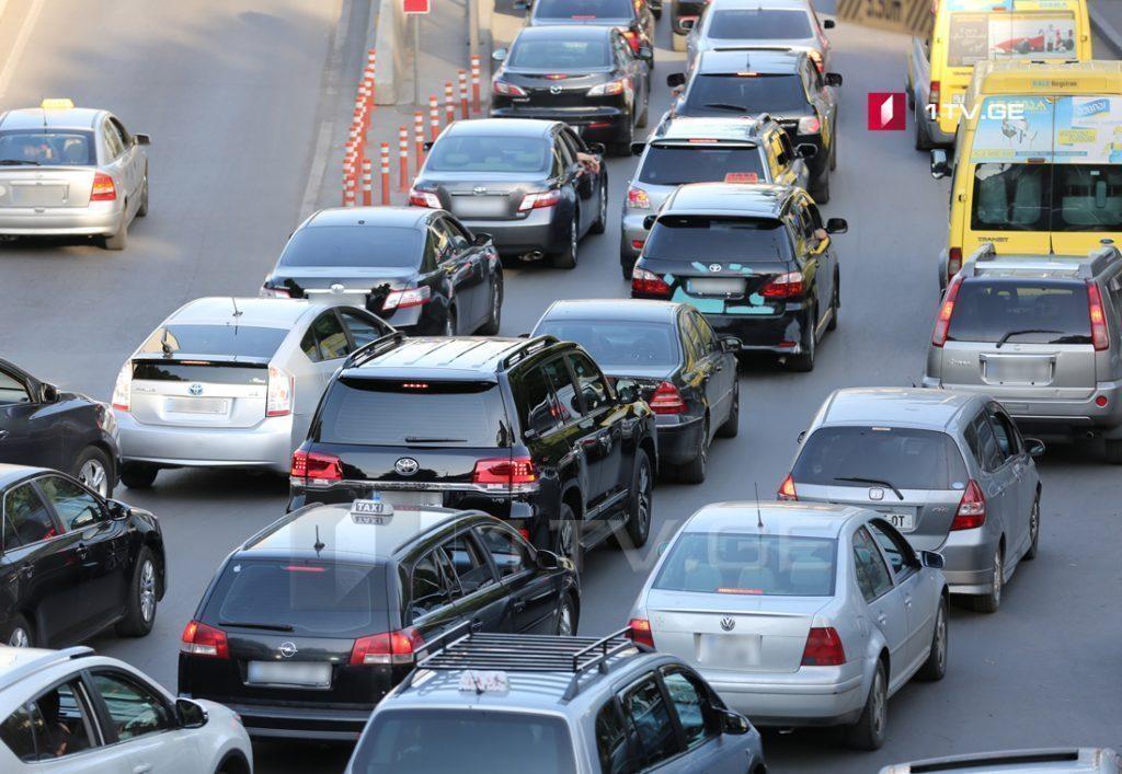 Մինչև մայիսի մեկը Վրաստան ներկրված ավտոմեքենաների մաքսազերծման ժամկետը երկարաձգվել է մինչև սեպտեմբերի մեկը