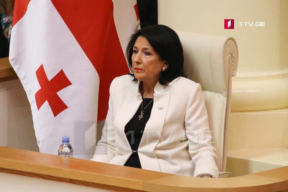 Саломе Зурабишвили - Президент вместе с правительством должен заботиться о наших гражданах, живущих вдоль линии оккупации, но президент не должен постоянно реагировать на провокации, спланированные другими