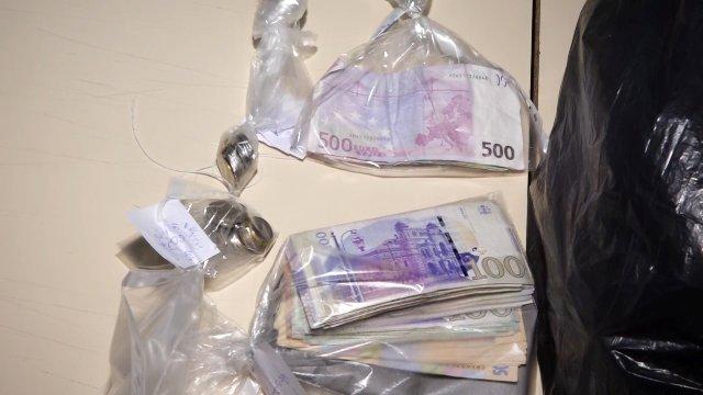 თბილისში დიდი ოდენობით ყალბი ფულის გასაღების ბრალდებით უკრაინის ორი მოქალაქე დააკავეს