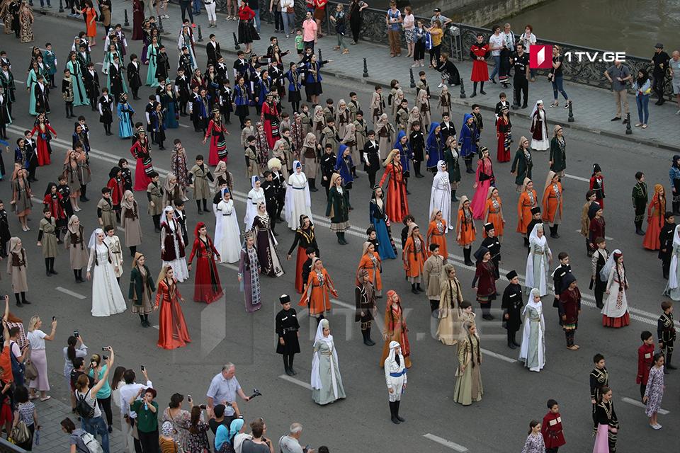 День национального костюма в Грузии (фото)