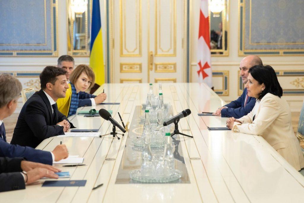 Саломе Зурабишвили пригласила Владимира Зеленского с официальным визитом в Грузию