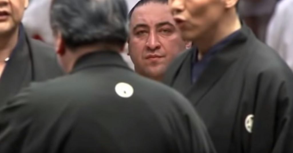 """Петиция клуба сумоманов - """"Измените несправедливое решение!"""""""