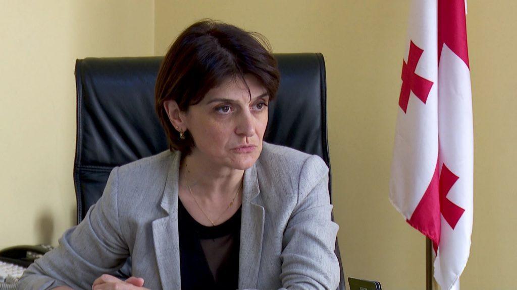 Из-за российских флагов в Батуми, министра образования Аджарии Ингу Шамилишвили сместили с должности