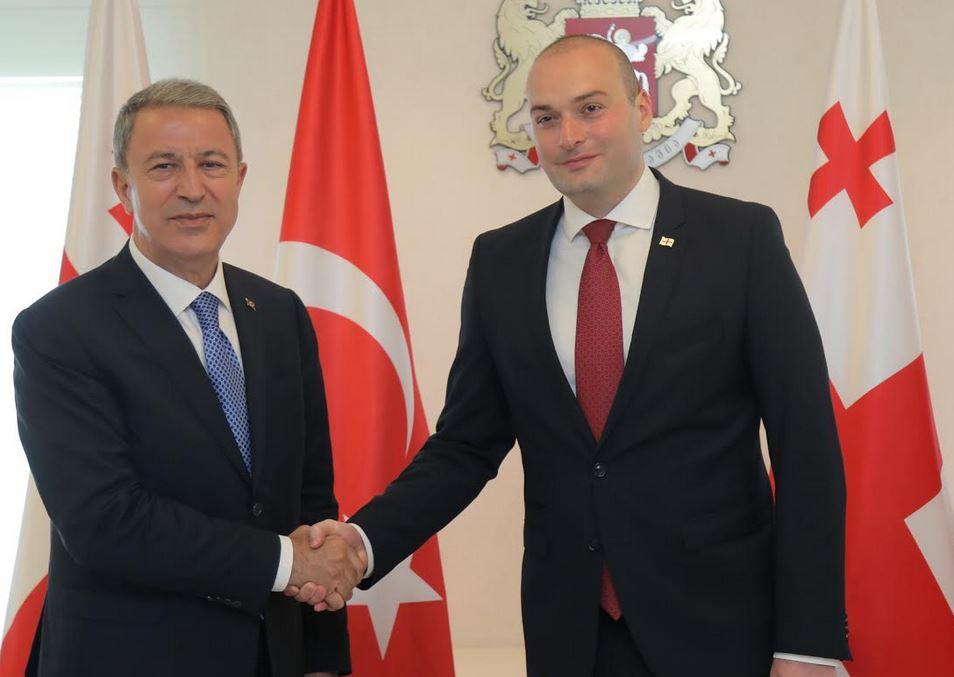 მამუკა ბახტაძემ თურქეთის თავდაცვის მინისტრს უმასპინძლა