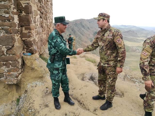 MIA- Georgian and Azerbaijani border guards jointly monitor situation at Davit Gareja