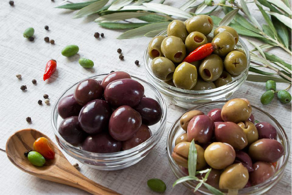 ჩვენი ფერმა - ქართული ზეთისხილი და ზეითუნის ზეთის წარმოება